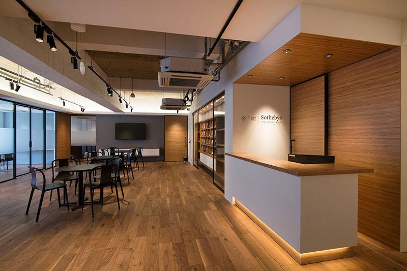 リストインターナショナルリアルティ銀座店〜豊かな空間づくりができる音